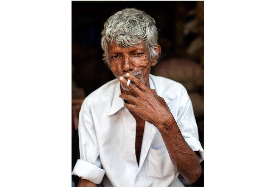 Man smoking in Kerala